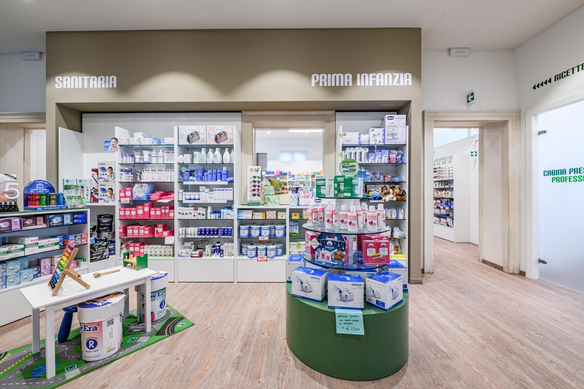 Artupharma – Progettazione interni arredamento farmacie – Dueville 06